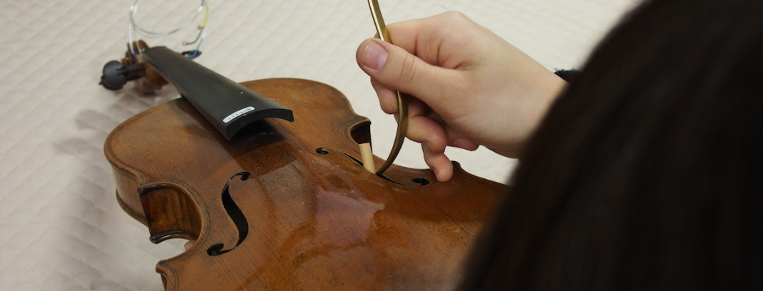 弦楽器の修理について
